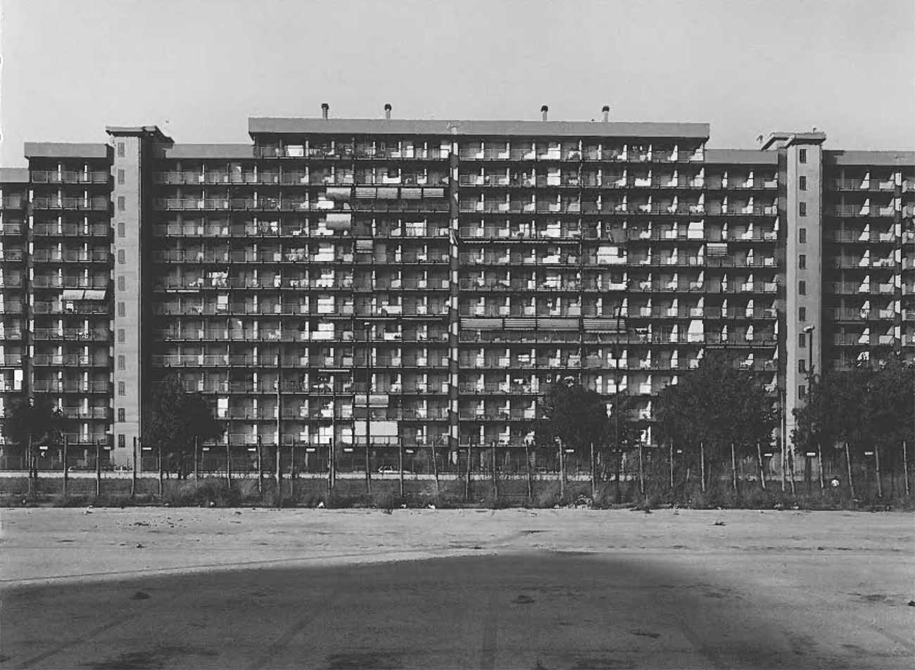 Studio Architettura Paesaggio Milano italy: cross sections of a country | gabriele basilico e